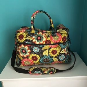 🌷✈️Large Vera Bradley Travel Bag